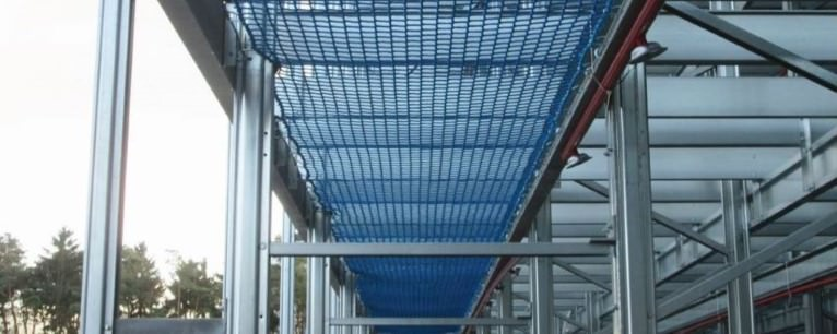 Horizontal Safety Nets for Shelves