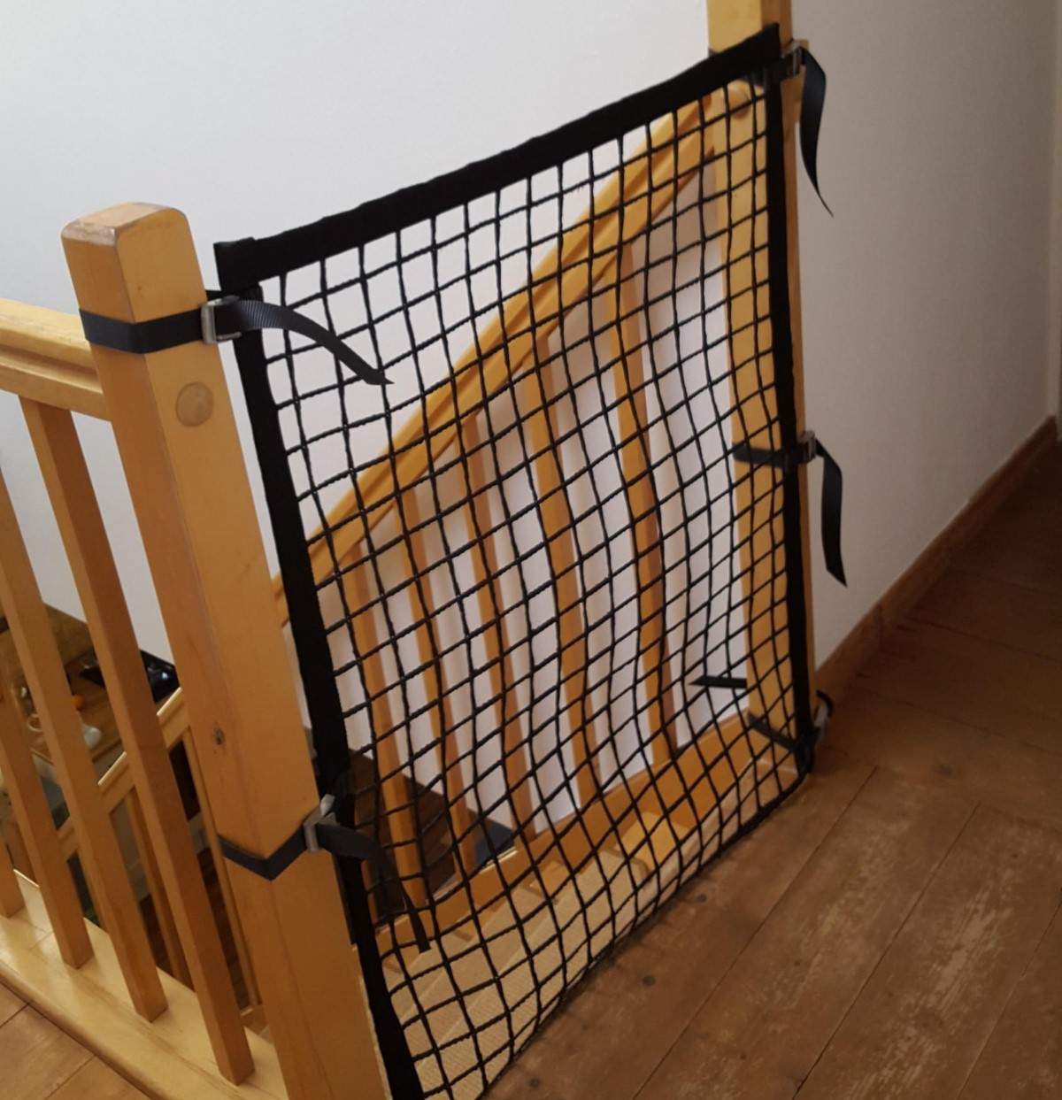Stair Case Barrier Net